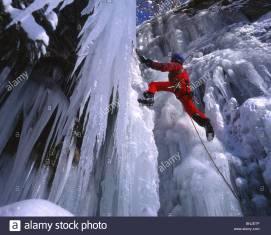 alps-alpine-mountain-mountains-climbing-ice-climbing-snow-winter-switzerland-BNJETP